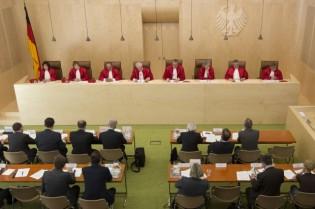 Bundesverfassungsgericht-zu-Negatives-Stimmgewicht-Ueberhangmandate-