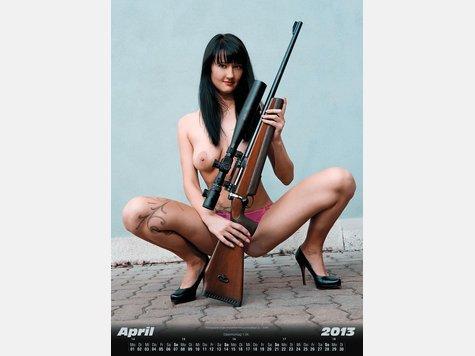1753305468-kalender-3F09