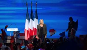 la-presidente-du-fn-marine-le-pen-fait-un-discours-le-15-septembre-2013-a-marseille_4064826