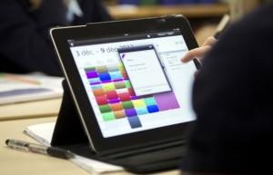 antwerpen-controleert-ambtenaren-via-tablet-id5110315-620x400