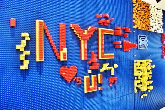 YOTEL-LEGO-wall-1