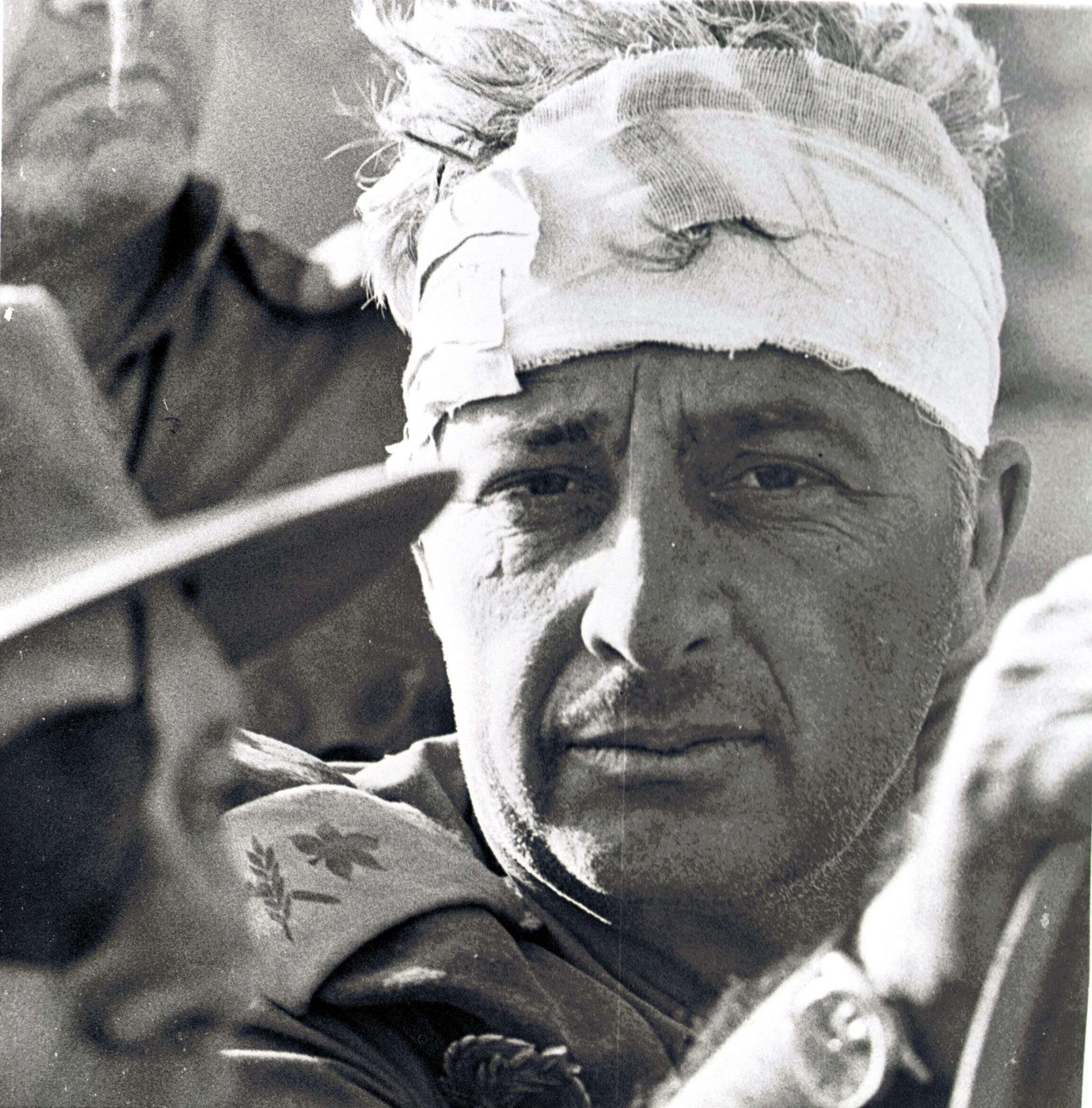 ARIEL SHARON IN SINAI - 1970S