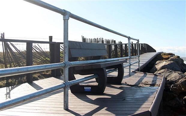 Porthcawl-bench_2834579b