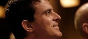 le-ministre-de-l-interieur-manuel-valls-en-meeting-a-paris-le-6-mars-2014_4836954