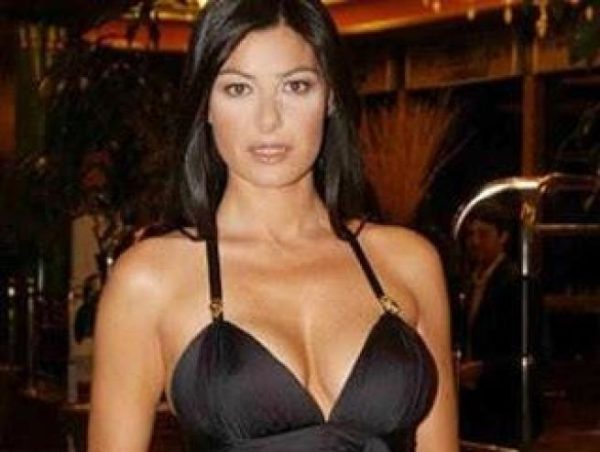 義大利記者  Ilaria D'Amico