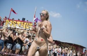 nøgenløb roskilde festival 2014 13