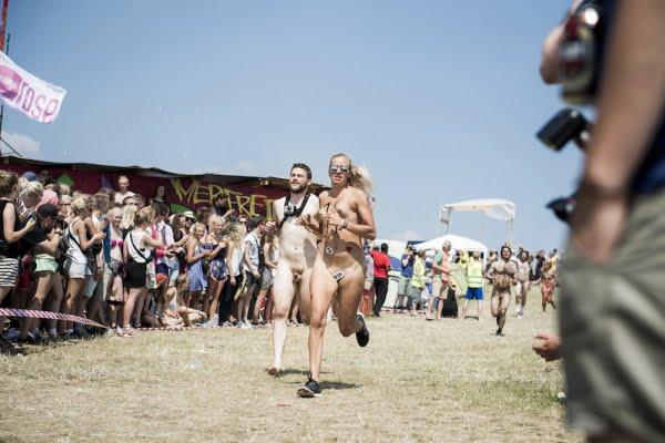 nøgenløb roskilde festival 2014 15