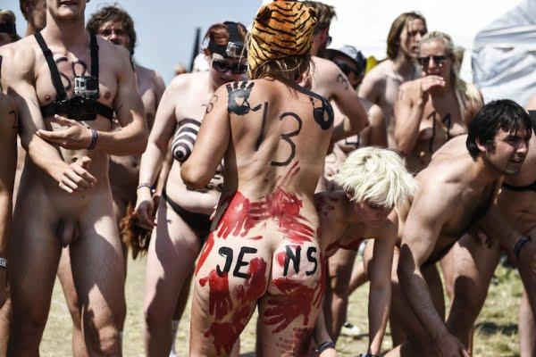 nøgenløb roskilde festival 2014 2