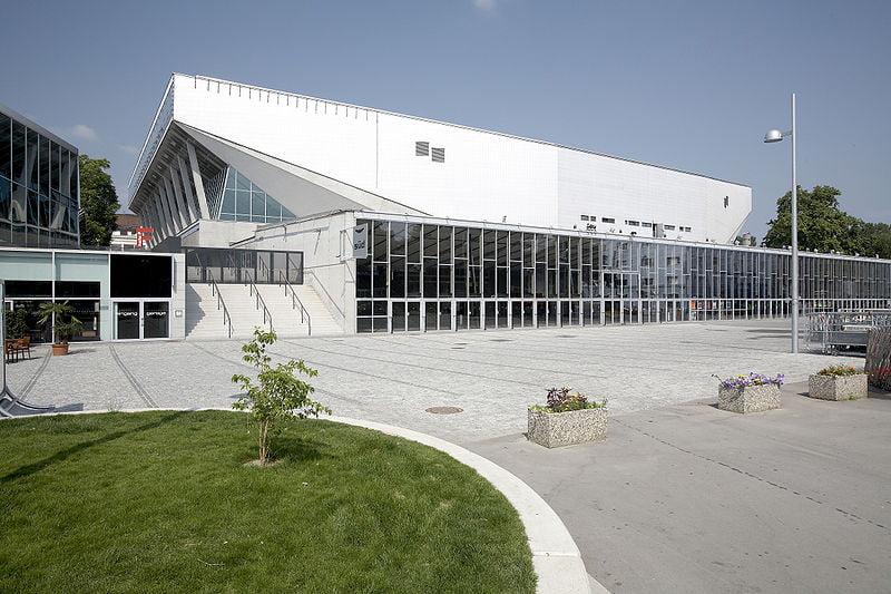800px-Wiener_Stadthalle_Aussen_2008