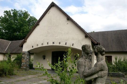 Ehemalige-Jugendhochschule-der-FDJ-am-Bogensee