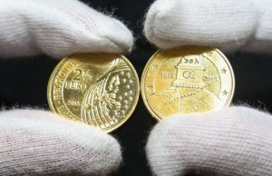 20150608 - BRUSSELS, BELGIUM: Illustration picture shows a commemorative coin of 2,5 euro at the production of a commemorative coin of 2,5 euro for the 200 years of Waterloo battle at the Royal Mint in Brussels, Monday 08 June 2015. BELGA PHOTO VIRGINIE LEFOUR