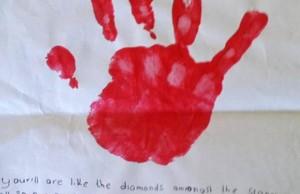 School-teacher-brainwashing-children-to-send-Jihadis-letters-of-support-286016