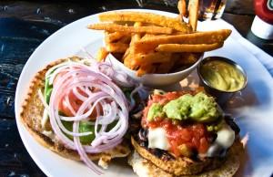 Veggie_burger_flickr_user_bradleyj_creative_commons