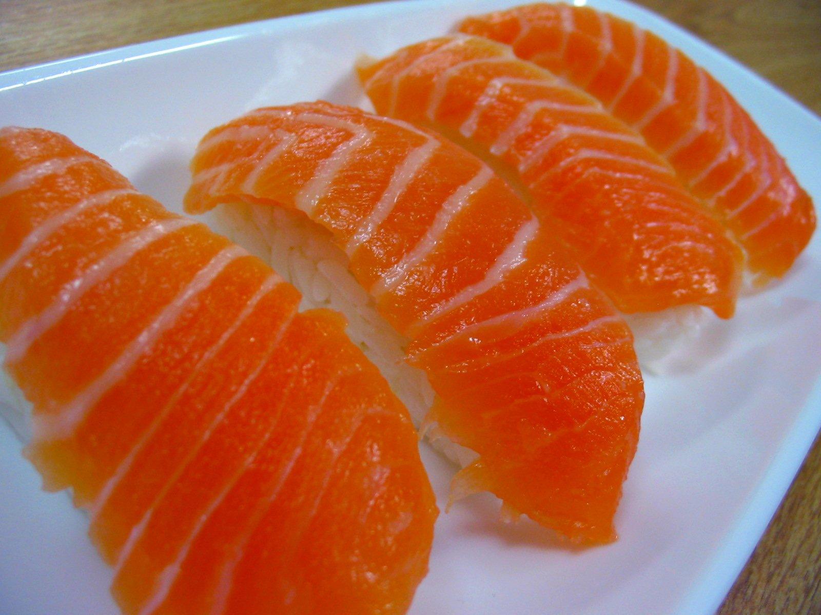 Salmon_nigiri