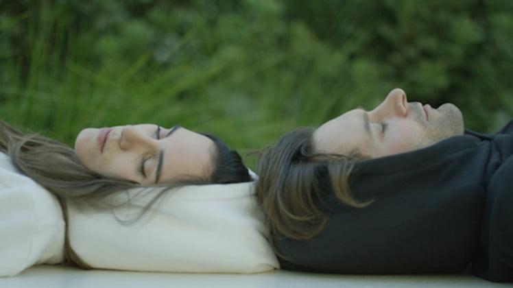 hoodie-pillow