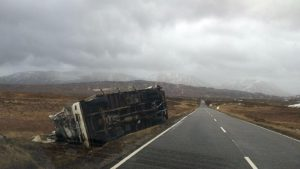 399055-lorry-overturned-a82-at-rannoch-moor-storm-henry-february-1-2016
