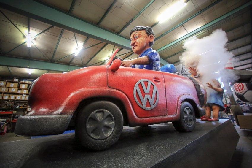Motivwagen für Mainzer Rosenmontagszug