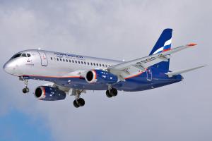 Aeroflot_Sukhoi_Superjet_100-95_RA-89002_SVO_2012-4-6