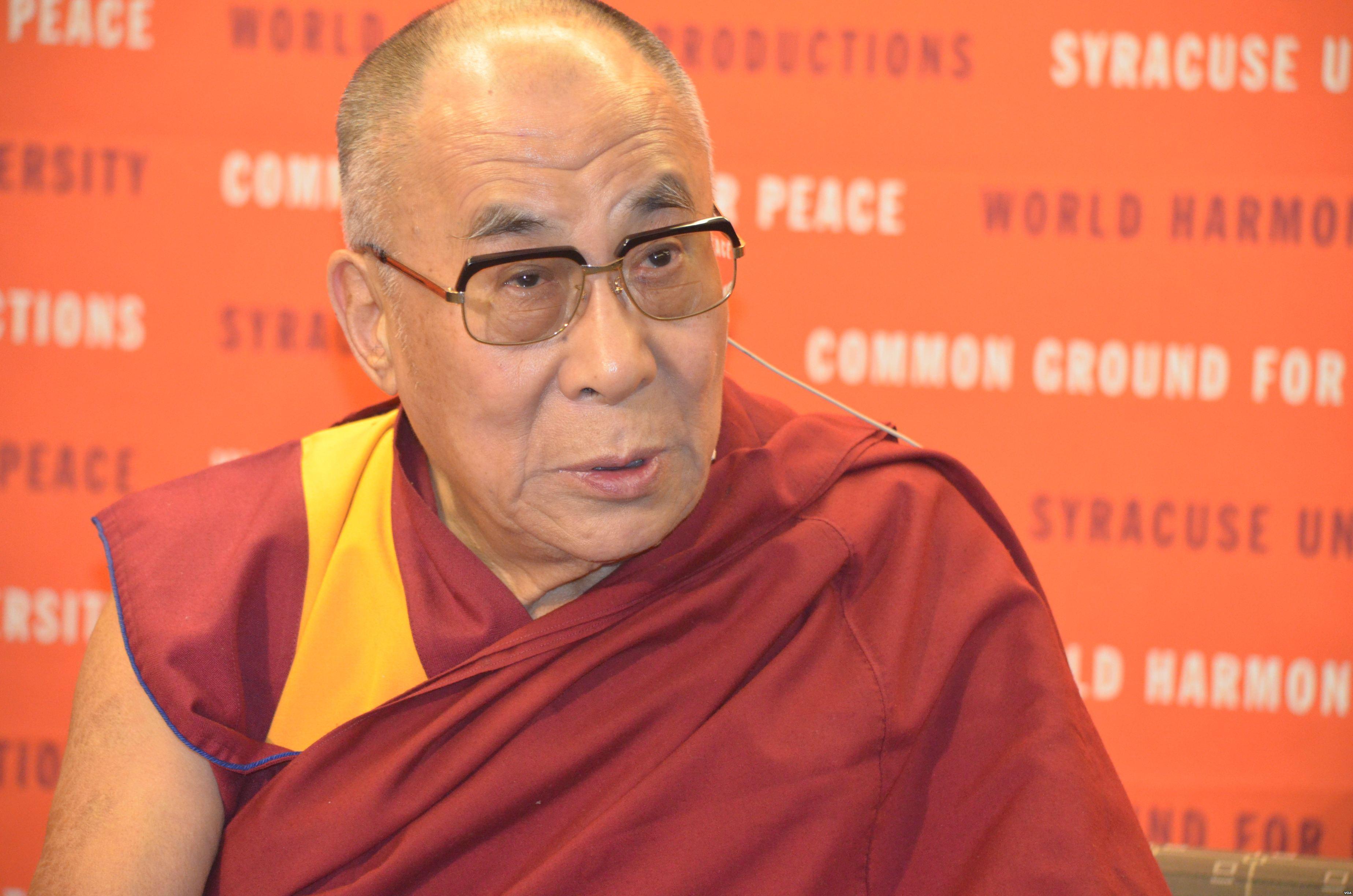 Dalai_Lama_at_Syracuse_University_01