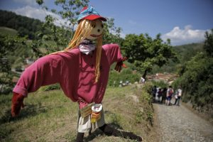 ITALY-FEATURE-FAIR-SCARECROWS