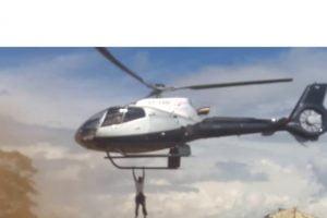 jacob-juma-mourner-clings-helicopter.