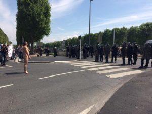loi-travail-caen-la-police-charge-les-manifestants-place-foch_0