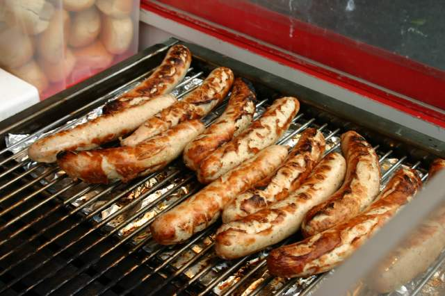 Bratwurst_on_the_grill