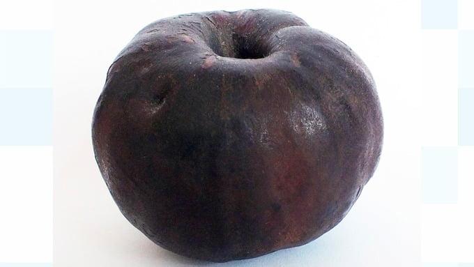 英古玩展 展出龐貝古城2000年炭化蘋果