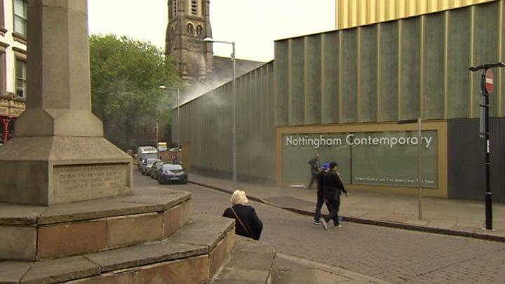 英國當代藝術噴霧 民眾以為火災報警