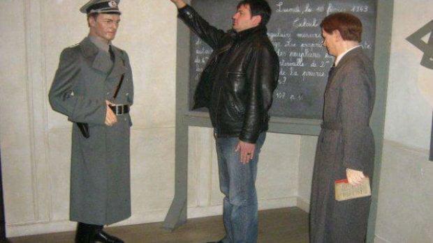 布加利亞官員被揭希特拉敬禮舊相被迫辭職