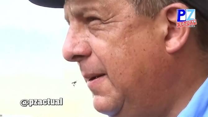 哥斯達黎加訪問直接吞黃蜂 表示蛋白質豐富