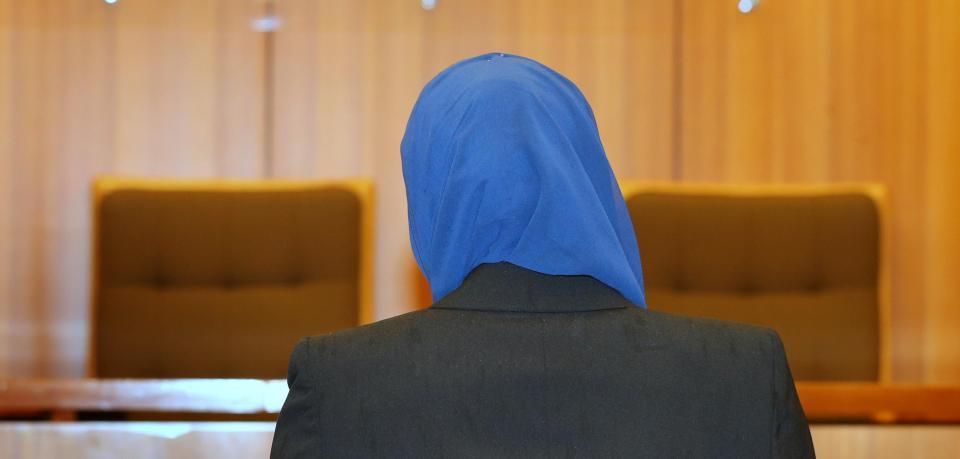 德國法庭 唔准回教婦人戴頭巾入內申請離婚