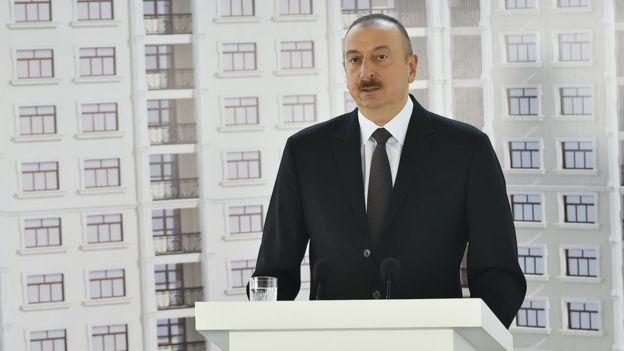 阿塞拜疆媒體日 總統表示送層樓俾記者?