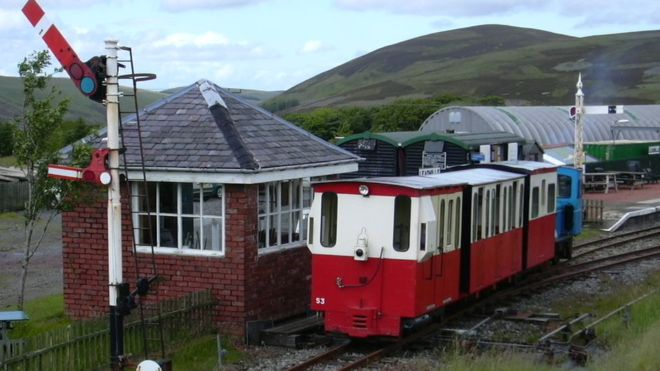蘇格蘭竟然出現火車代替公路交通?