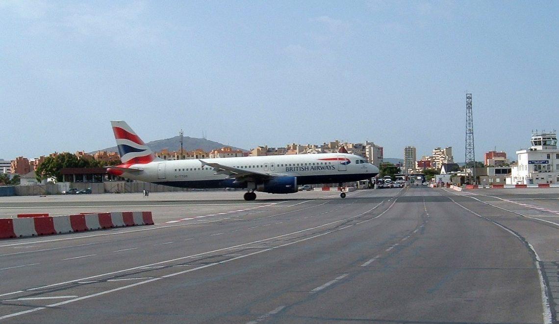 直布羅陀終於起機場隧道 升降無阻過關交通