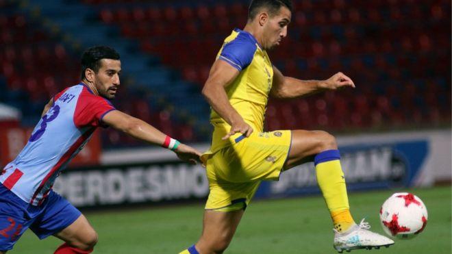 伊朗球員上場對抗以色列球員 評價兩極