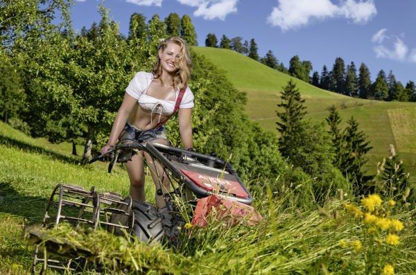 瑞士性感農民月曆 再度出爐