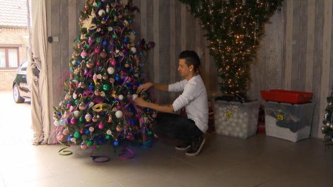 比利時男恨過聖誕 已經開始裝飾波波 【有片】