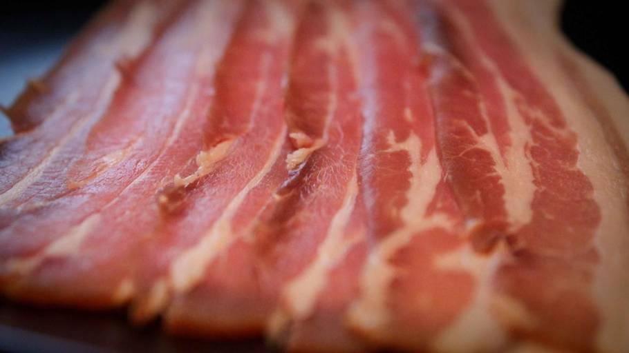 丹麥廠商推出終極邪惡聖誕禮物:一日一煙肉倒數日曆