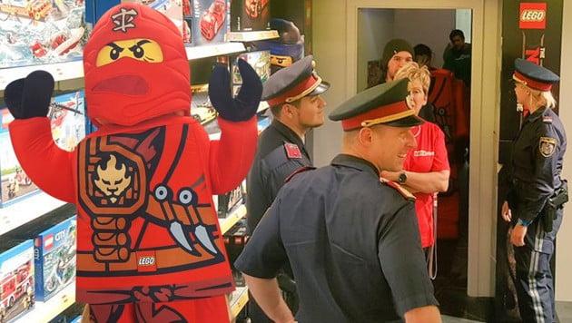 奧地利禁止面罩 Lego 店忍者吉祥物都被投訴?