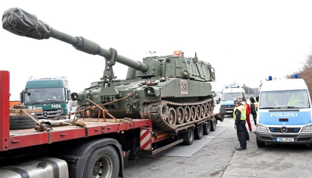 美軍波蘭運坦克 一入德國境就俾警察截停指唔合乎安全規格?