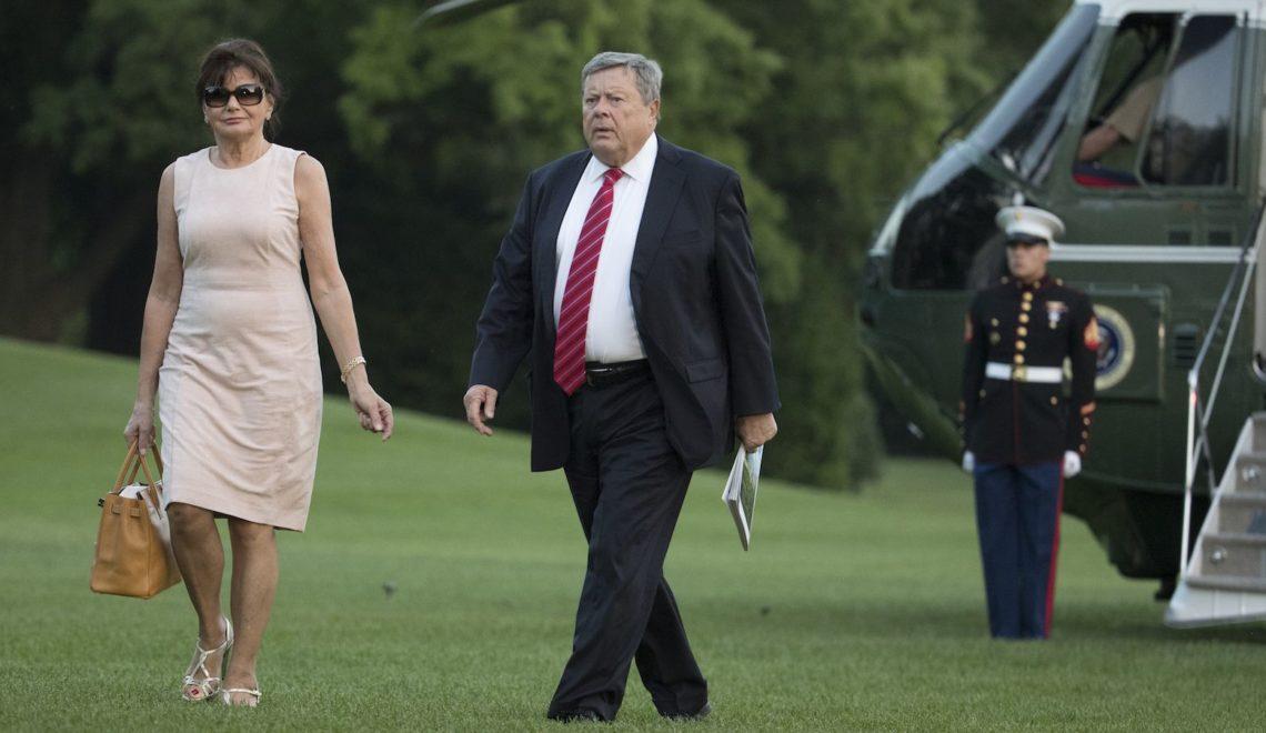 侵反對裙帶移民  但自己外父外母卻拿綠卡?