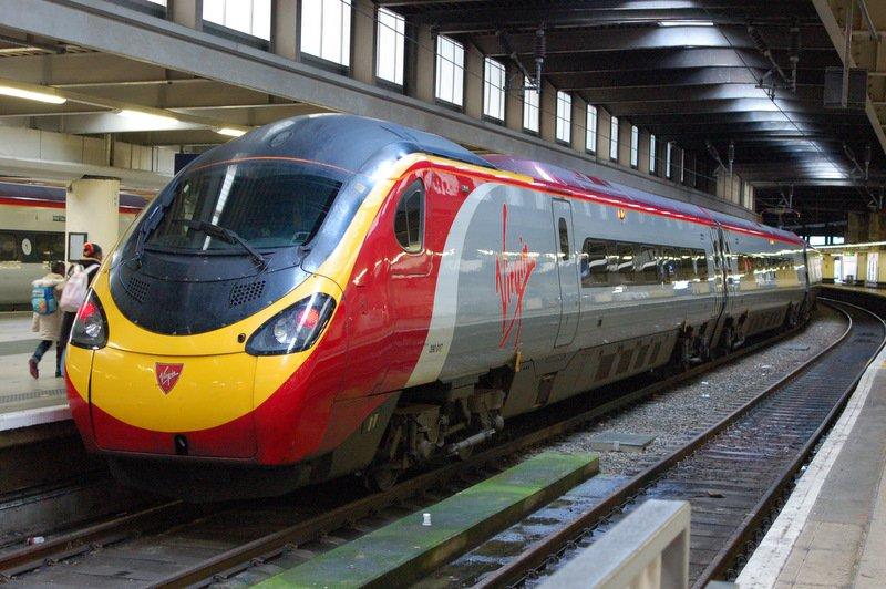 英國地獄級火車評比中 面臨執笠嘅維珍火車遙遙領先?