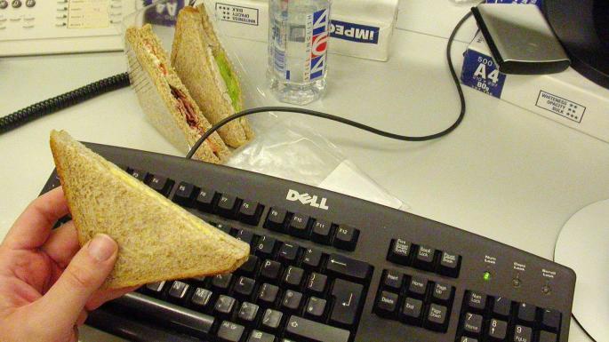 澳洲稅局要人舉報公司入邊食早餐?