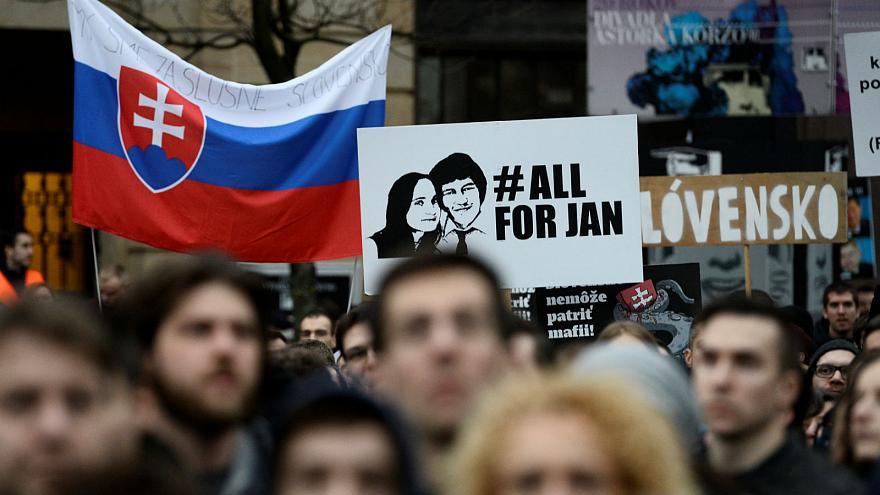 示威浪潮持續 新任斯洛伐克內相做唔夠3個禮拜就辭職