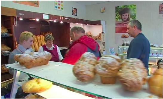 法國麵包舖因為無按法律規定每週一休而被重重罰款?