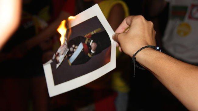 西班牙禁止燒皇帝像新法 被判觸犯歐洲人權公約