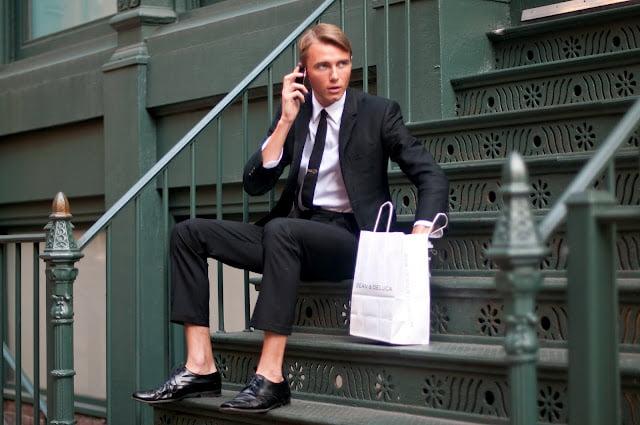 皇家雅士閣賽馬Dress Code 擴充到所有人 男人著鞋唔著襪都唔得?