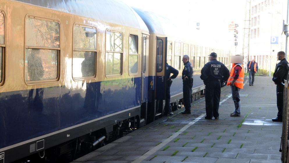 德球迷專列發生強姦案 警察係車站登記750個落車乘客資料搵疑犯