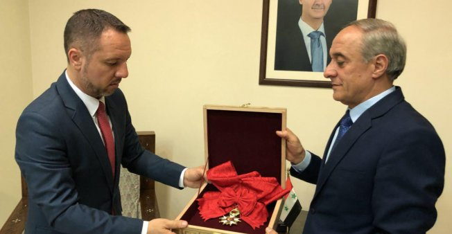 巴沙阿薩德退回榮譽軍團勳章 但無法國政府代表接受?